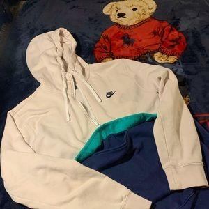 Retro Nike Pullover Sweatshirt